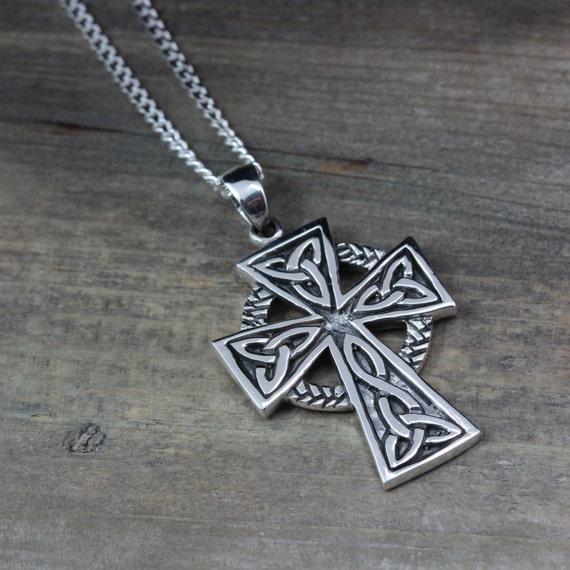 mens celtic cross necklace sterling silver mens irish. Black Bedroom Furniture Sets. Home Design Ideas