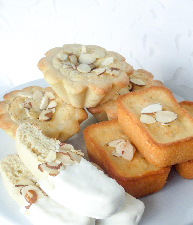 Italian Wedding Desserts: Traditional Italian Cookie Wedding Reception After Dinner