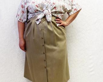 Plus Size - Vintage Floral Stripe Smocking Detail Blouse (Size 22/24)