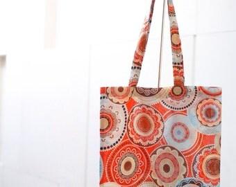 Medium tote bag with orange bubble print