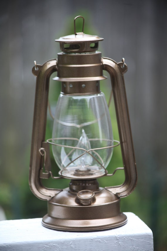 electric hurricane lantern lamp light bronze with bulb