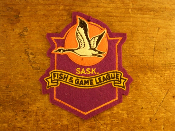 Saskatchewan canada vintage fabric fish and game league for Illinois game and fish