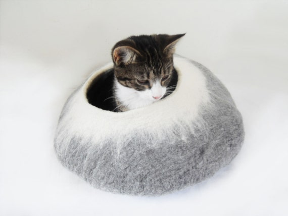 Cat Bed Cave Cocoon House grey white with Free Cat Ball