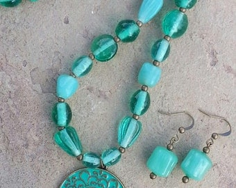 Seafoam Green Beaded Necklace with Pendant and Matching Earrings