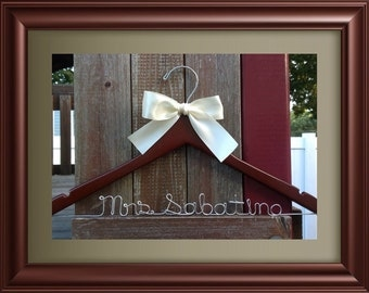 Personalized Wedding Hanger / Brides Hanger/Bridesmaids Hanger/Cusomized Hanger/ SHIPS FROM USA
