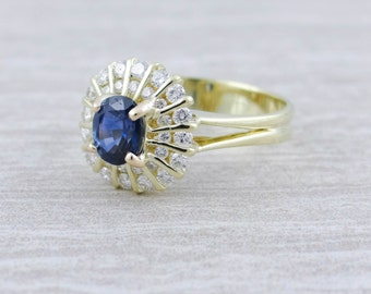 Stunning Sapphire Ring with Radiant Motif K7D520-P