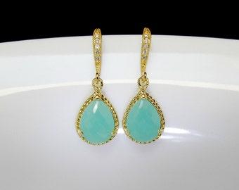 gold mint earrings , mint bridesmaids earrings , cz mint earrings , sea green earrings , gold sea foam earrings , mint glass earrings