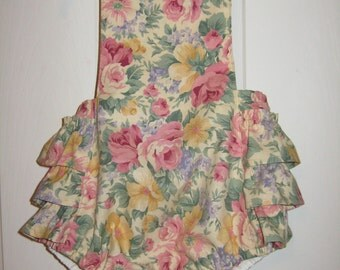 Baby girl Bubble Romper Ruffle bottom Sun suit vintage floral print size 12/18 month one only RTS