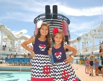 Disney Cruise  Skirt  and Tank top - Size 2T - Youth 12