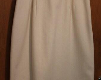 Vintage Worthington Cream Wool Skirt size 6