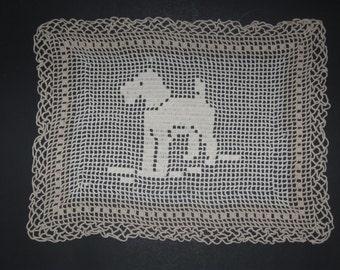 """10"""" x 13"""" Crochet Doily with Dog"""
