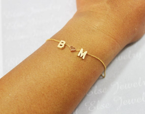 personalisierte gold buchstaben armband von elsejewelry. Black Bedroom Furniture Sets. Home Design Ideas