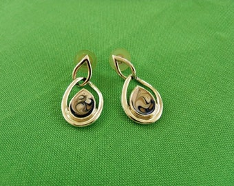 Vintage Pierced Earrings (Item 1177)