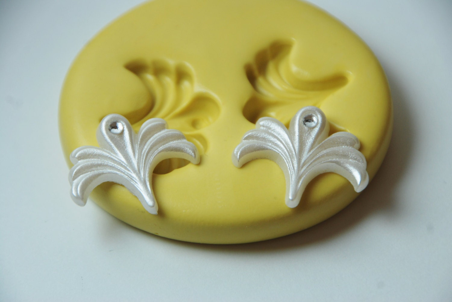 0241 cake decorating flourishes art deco silicone rubber food for Art deco cake decoration