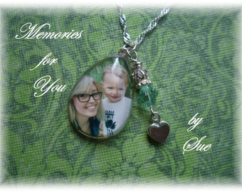 Custom Teardrop shaped Glass Photo Pendant Necklace - Personalized Keepsake