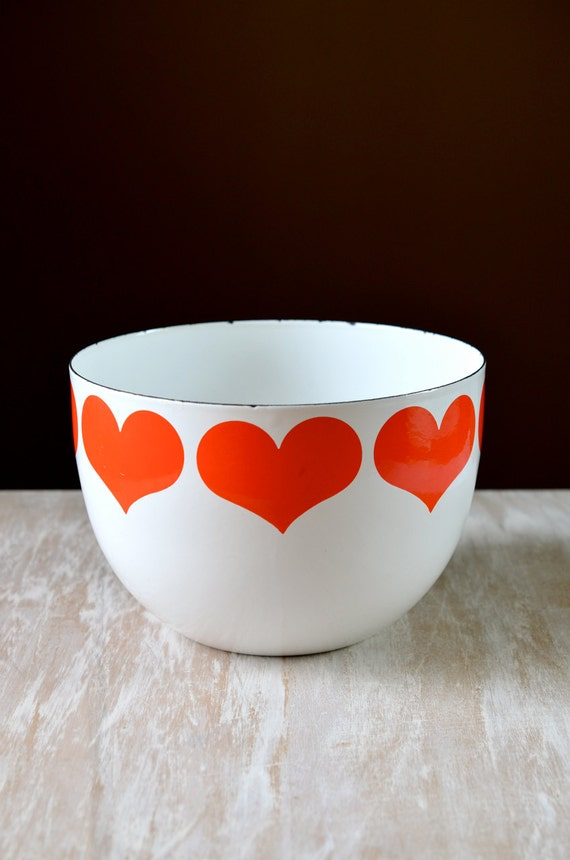 Mid Century Room Divider >> Vintage Finel Finland Enamel Heart Bowl by Kaj Franck Red