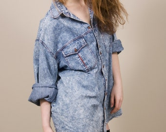 Still with you // oversized vintage stone washed blue denim shirt, long sleeves