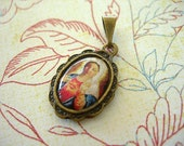 SACRED HEART of MARY Pendant Charm religious medal resin cab Antique Bronze lot of 1