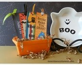 Halloween Bookmarks / Party Favors Gifts / Book Marks / Party Favor / Gifts for Friends/ Trick or Treater / Classroom  Gift / Library Books
