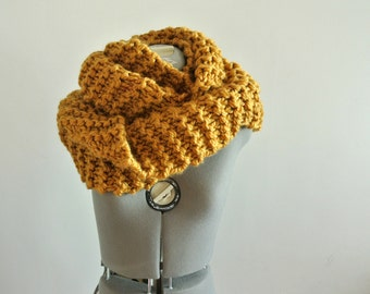 mustard chunky cowl oversized neck warmer knitted cowl knitted neckwarmer yellow neck warmer Winter Accessories