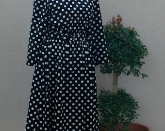 1970s Vintage Black and White Polkadot Dress - Day Dress - Classic Traditional - Polka Dot Dress - Poldakot - Fun Cute Pop Timeless 36 Bust