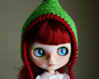 Extra Pointy Elf - Christmas Hat for Blythe - Pixie Gnome - Green and Red