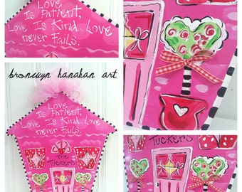 Valentine Happy Home Door Hanger - Bronwyn Hanahan Art