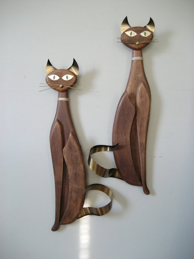 Pair Siamese Cats Wood Wall Hangings Masketeers 1961