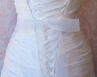 White Organza Ribbon, 1.5 Inch Wde, Ribbon Sash, White Bridal Sash, Wedding Belt, 4 Yards