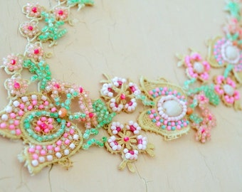 Vintage inspired handmade necklace/shabby pink/Vintage lace/Seed beads/Floral design/beaded flowers