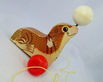 LAST CHANCE SALE Fisher Price Suzie Seal Sea Lion Pull Toy Tug Along 1960s Wood Wooden