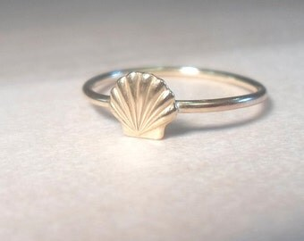 Sea Shell Ring, shell ring, gold shell ring, gold beach ring, beach ring, beach midi ring, gold midi ring, gold rings, gold stacking rings