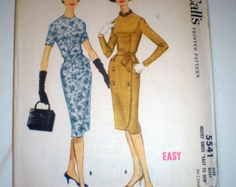 Vintage McCall's 5541 Fitted Sheath Dress Sewing Pattern Wiggle 32 Bust 1960s
