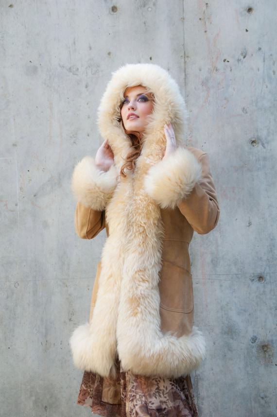 Vintage Coat Leather Fur Hood Cuffs Ivory White Blonde