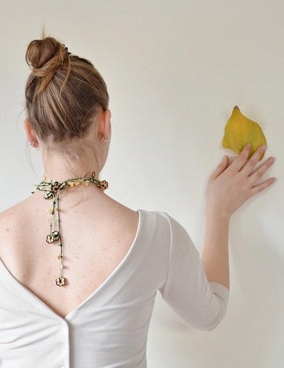 Yellow Crochet Necklace, Oya Wrap Necklace, Beaded Flower Necklace, Turkish Lariat, Boho Crochet Jewellery, ReddApple, Gift Ideas for Her