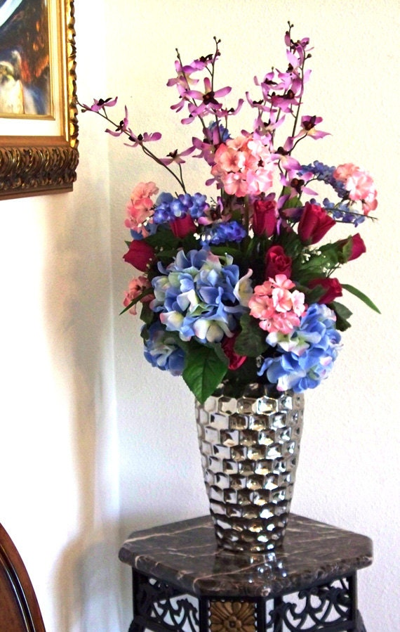 Flower arrangement centerpiece blue pink by artsandcreations for Pink and blue flower arrangements