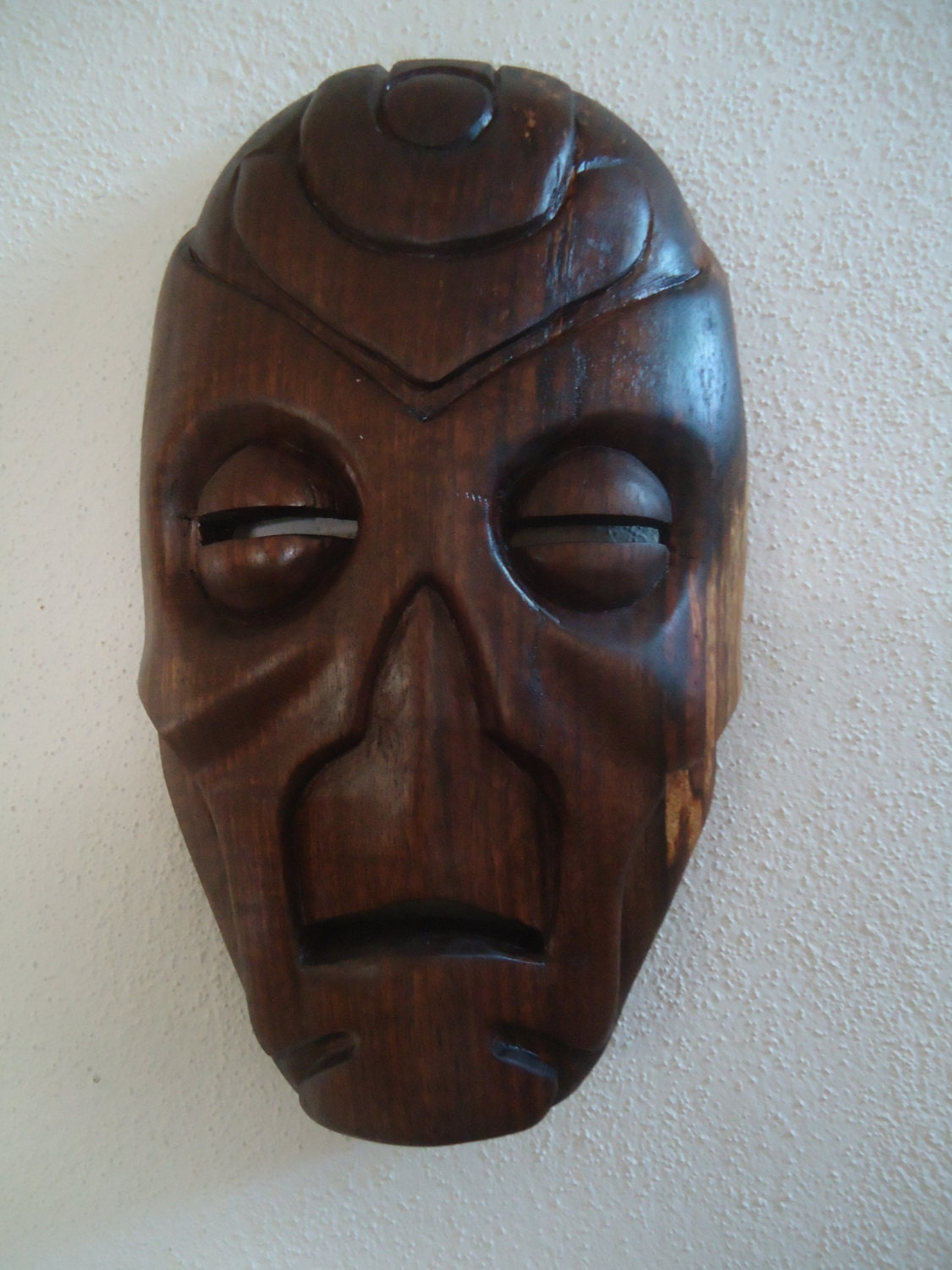 Hand carved woden skyrim dragon priest mask made out of black