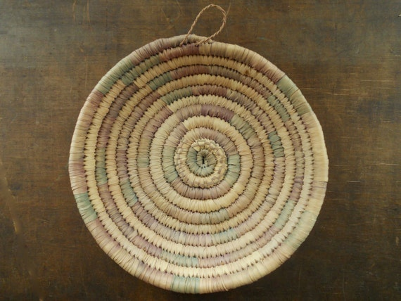 Round baskets wall decor : Vintage woven grass basket round wall hanging home