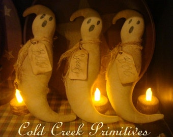 Primitive Ghost Ornies/Tucks/Bowl Fillers