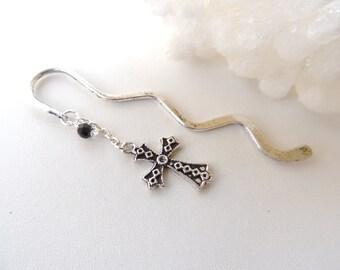 Religious Cross Bookmark, Religious Bookmark, Beaded Bookmark, Metal Cross Bookmark, Books and Zines, Bookmarker. B78