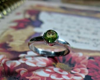 Peridot Sterling Silver Ring - Birthstone, Ready to Ship, Size 5.75