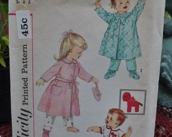 Simplicity 3723 - Cute Toddler's Robe & Booties - Lamb Transfer - Darling Vintage Pattern - Size 3 - Christmas PJs - So Sweet