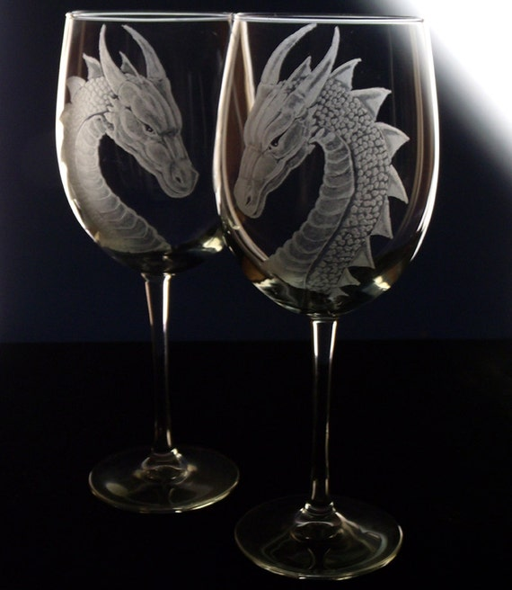 Wedding Gifts Wine Glasses : Wedding Wine Glass DragonGift Set Renaissance Wedding Medieval ...