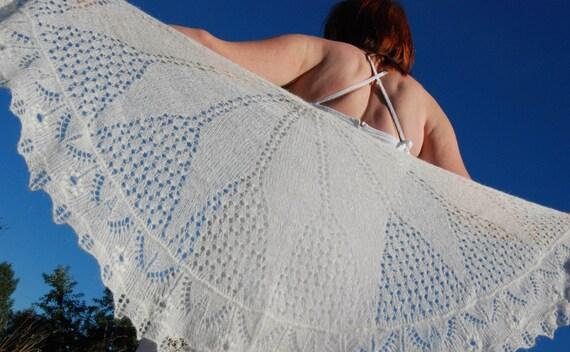 Ivory Bridal Shawl, Bridal Shawl, Wedding Shawl, Lace Shawl, Lace Wedding Shawl, Womens Hand Knit Shawl