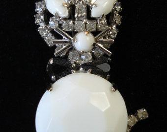 Vintage 1950s Cat Brooch Rhinestone 50s Figural Jewelry