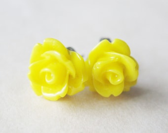 Yellow Rose Earrings. Summer Sunshine Yellow Rose Flower Stud Earrings