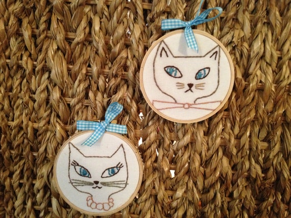 Hand Embroidered Hoop Art Pair of Siamese Cats Mr and Ms Blue Eyes Embroidery Hoop Art Ready to Hang or Stand