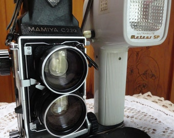 Mamiya C 220  Film Camera with Prism Viewfinder from the 1970s.