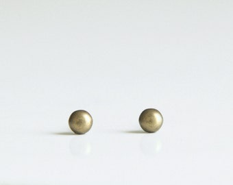 3.5mm super tiny Dot Geometric Antique Brass Metal Stud Earrings. Surgical Steel Earrings Post. Gift for Her. Gift for