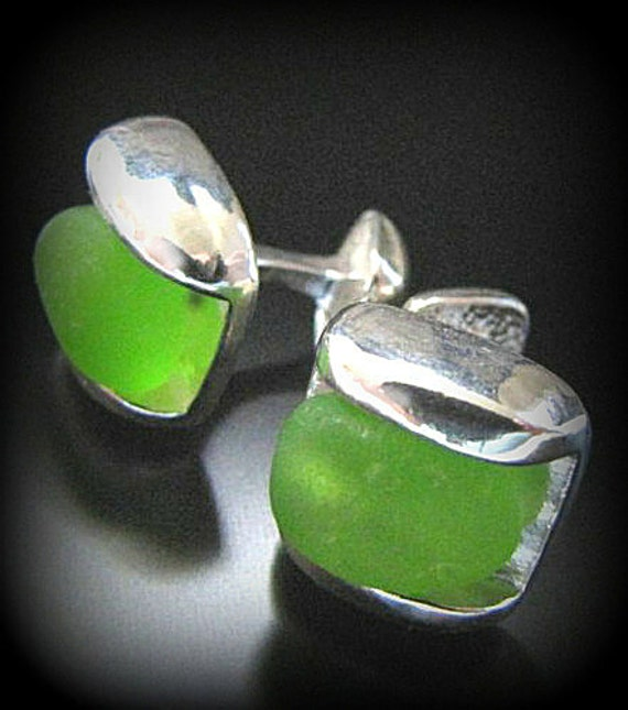 Sea Glass Jewelry, For Him, Emerald Green Holiday Sea Glass Cufflinks - Sterling Silver - Wedding, Groom Jewelry, Jewellery